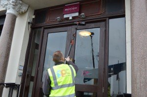 Commercial window cleaning for businesses